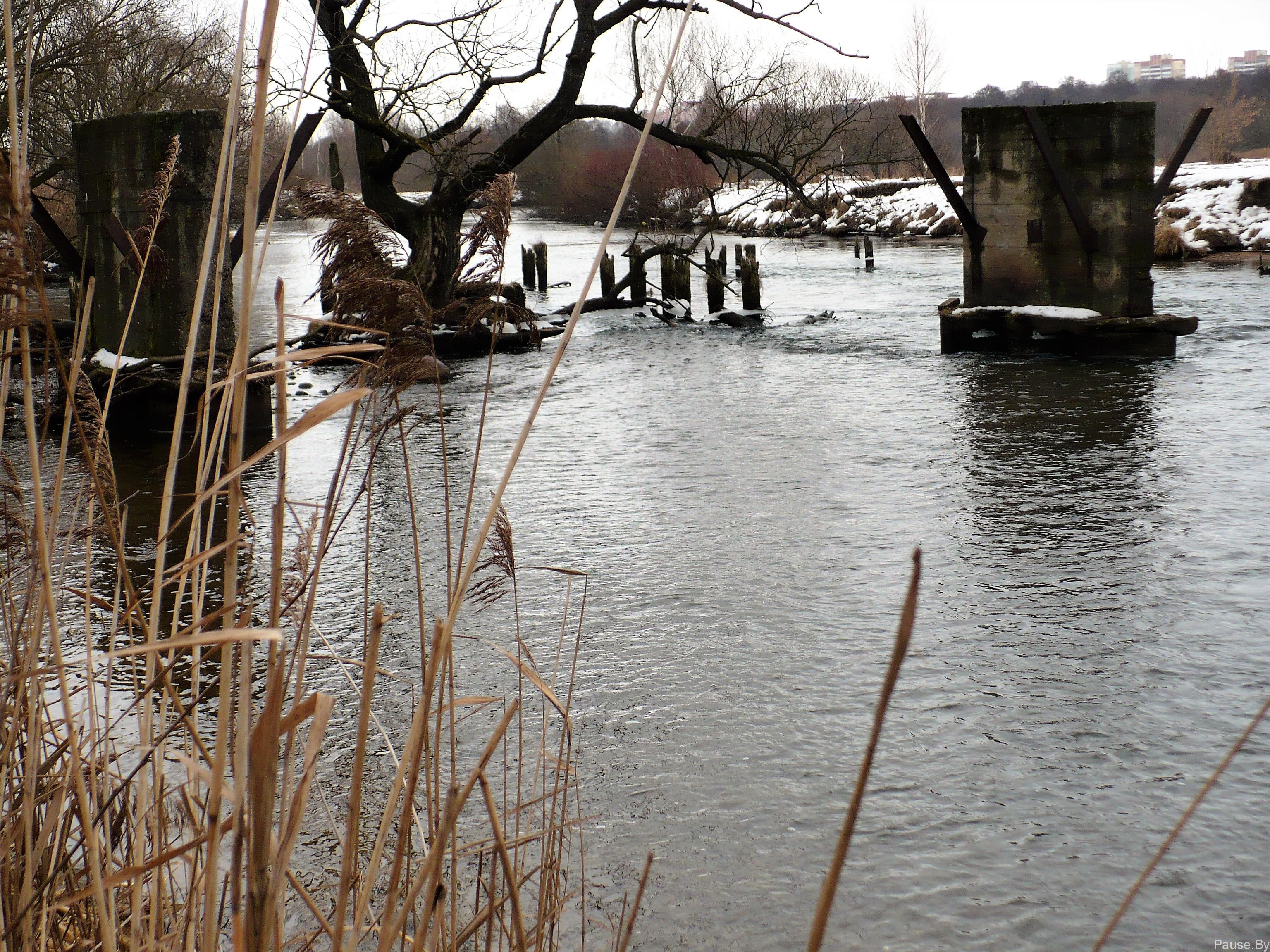 Разрушенный мост на Свислочи