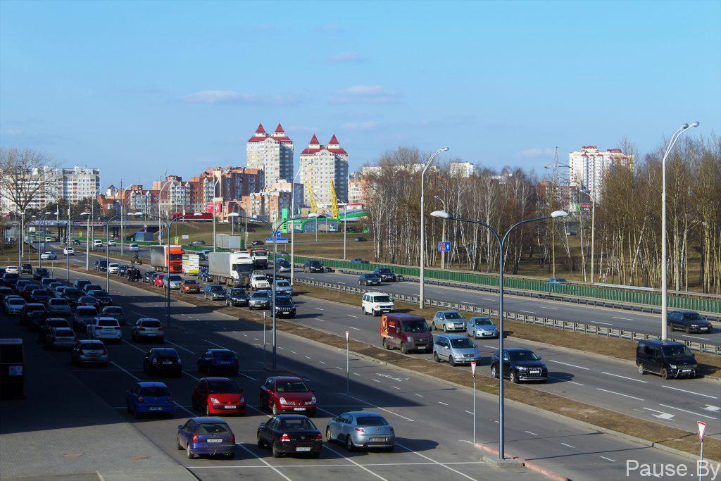 Kol'tsevaya avtodoroga v Minske.jpg