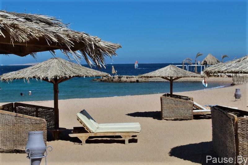 Один из лучших пляжей Хургады находится в отеле Меркурий.jpg