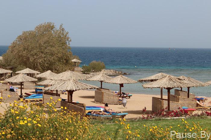 пляж в отеле.jpg