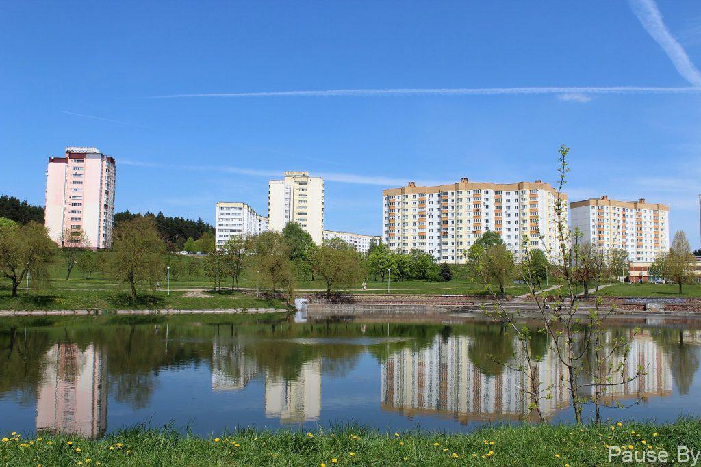 Tsnyanskoye vodokhranilishche v rayone ulitsy Miroshnichenko, v Minske.jpg