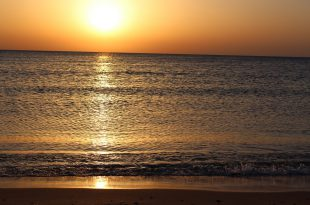 Рассвет на Красном море.jpg