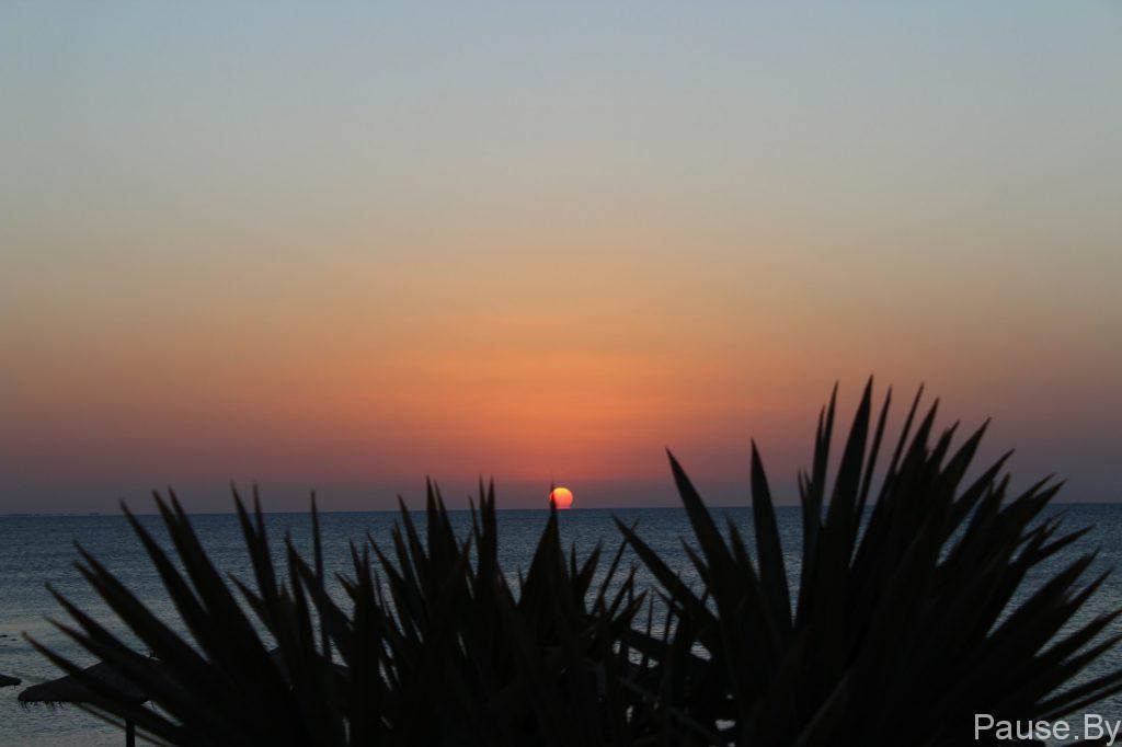 Солнце над морем(фото).jpg